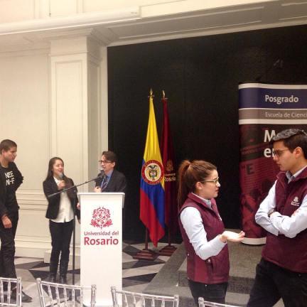 Preparativos conferencia inaugural Maestría en Periodismo