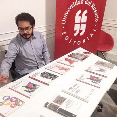 Editorial URosario presente en lección inaugural