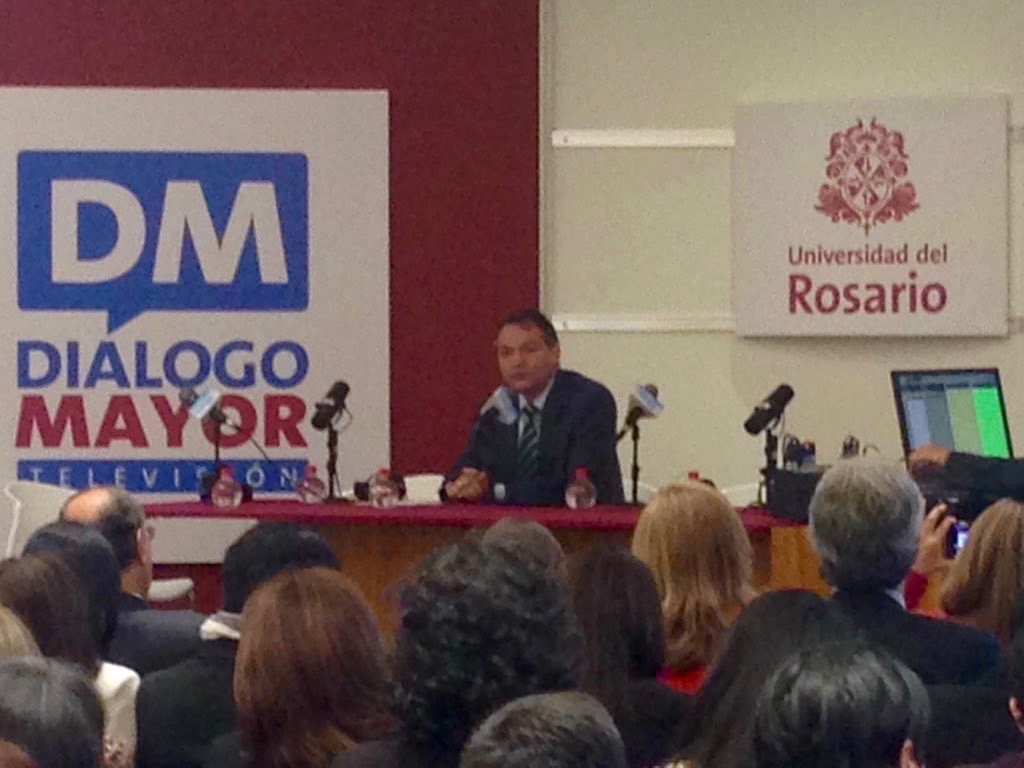 A. Roveda, Director de Extensión